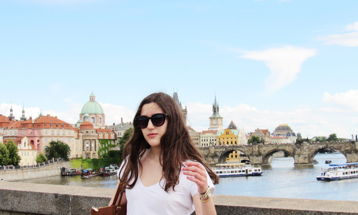 praga czech republic ootd fashion blogger Diana Astudillo