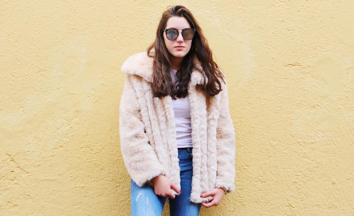 outfit-invierno-con-abrigo