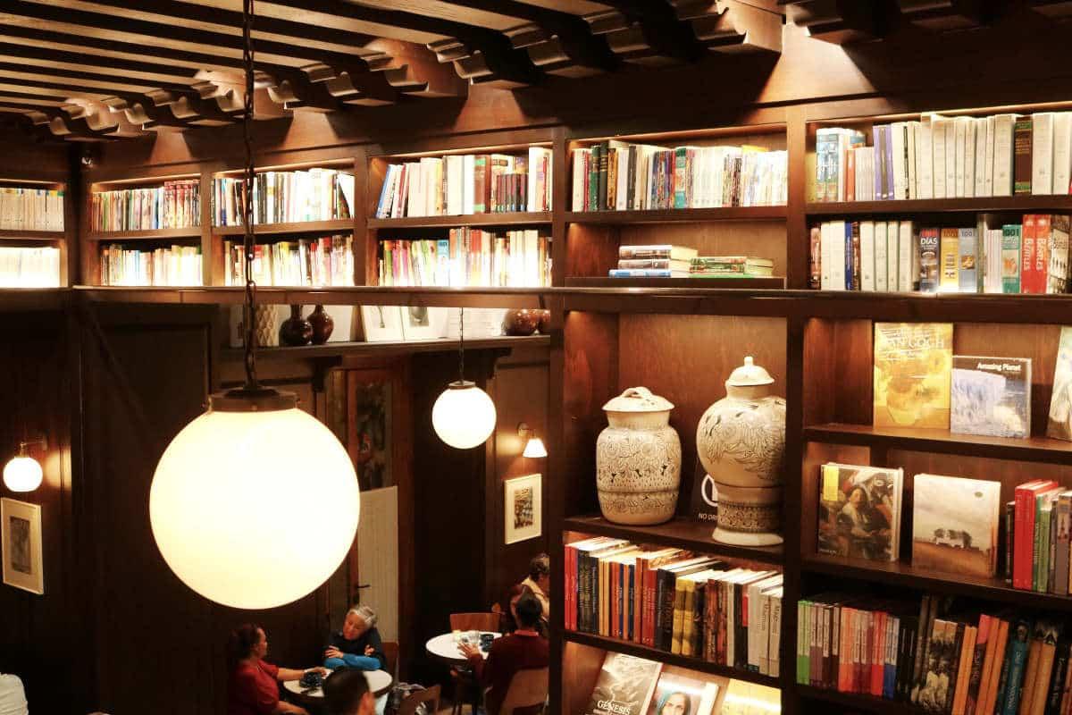 cafeteria-libreria-michelena